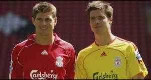 Video: What Gerrard Said About Alonso Ahead Of Liverpool Legend vs Bayern Is So Emotional